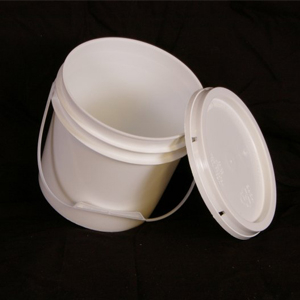 Pail – 1 Gallon w/ Lid