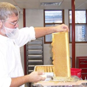 2019 How to Harvest & Extract Honey – Sat Jul 13